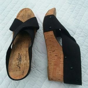 Lucky Brand Black Miller 2 Cork Wedges Size 8.5